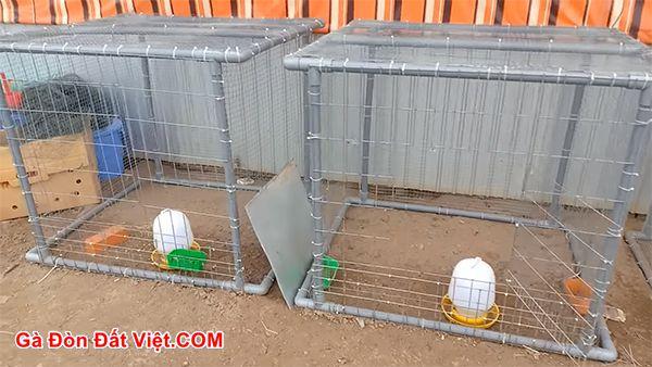 Cách làm chuồng gà bằng ống nước đơn giản kết hợp với dây cước.