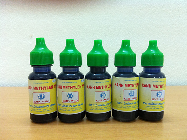 Thuốc xanh Methylen có thể trị bệnh đậu gà hiệu quả.